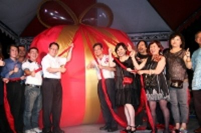 Deputy Mayor Xiao unveiled 2012 Taichung Shopping Festival